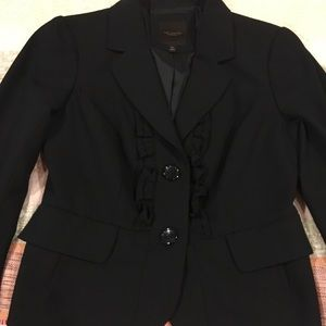 The Limited Collection Black blazer